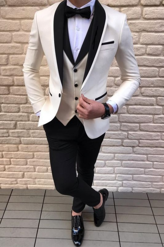 Black-and-white Shawl Lapel Wedding Suits Tuxedos with Waistcoat