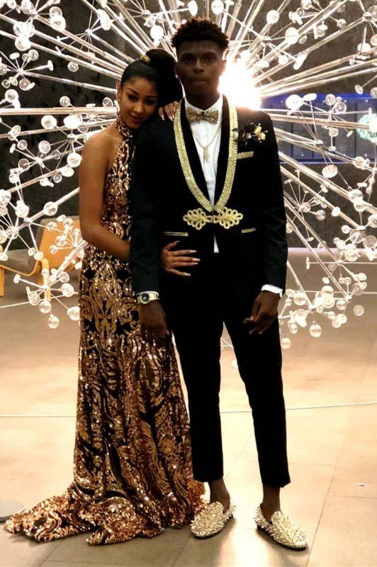 Gold Lapel Black Men's Suit | Knitted Button Suit for Prom
