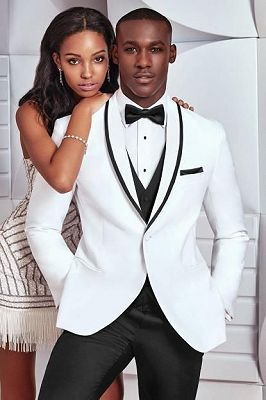 Latest White Suits for Wedding Tuxedos Groom | Bespoke Men Suits with one Buttons_1