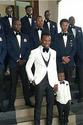 Connor Navy Blue Best Fitted Groomsmen Suits with Black Lapel_1