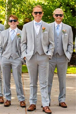Light Grey Wedding Groomsmen Suits | Three Pieces Notched Lapel Men Suits_1