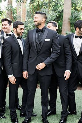 Adrian One Button Black Slim Fit Wedding Groomsmen Suit Online_1