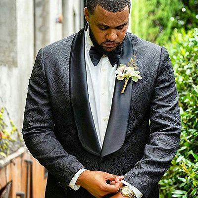 Alex Black Jacquard Shawl Lapel Wedding Men Suits_2