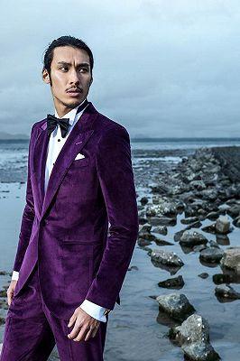 Velvet Mens Suits for Prom   Peak Lapel Wedding Tuxedo for Groom_2