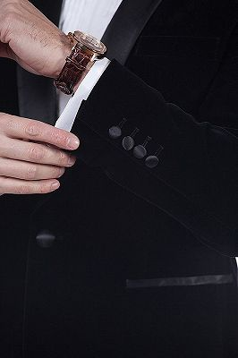 Premium Silk Shawl Lapel Black Velvet Mens Suits Tuxedos for Winter_5