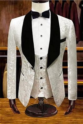 White Jacquard Wedding Tuxedos | Velvet Lapel Men Suits for Groom 3 Pieces_1